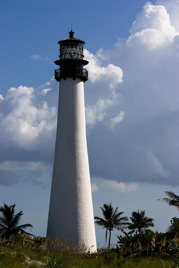 Cape Florida Lighthouse Photograph - Cape Florida Lighthouse by Ed Gleichman