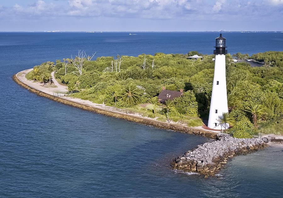 Bill Baggs Photograph - Cape Florida by Patrick M Lynch