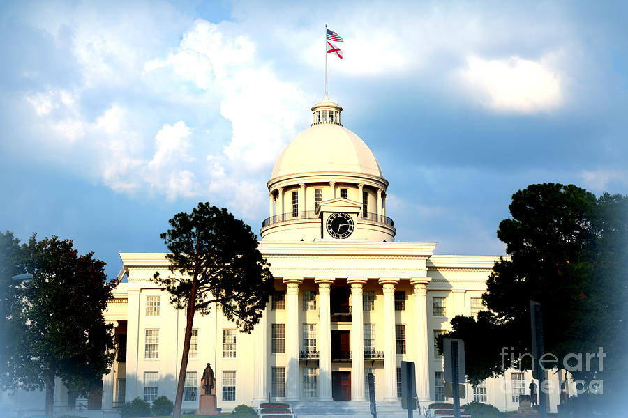 Capitol Building In Montgomery Photograph