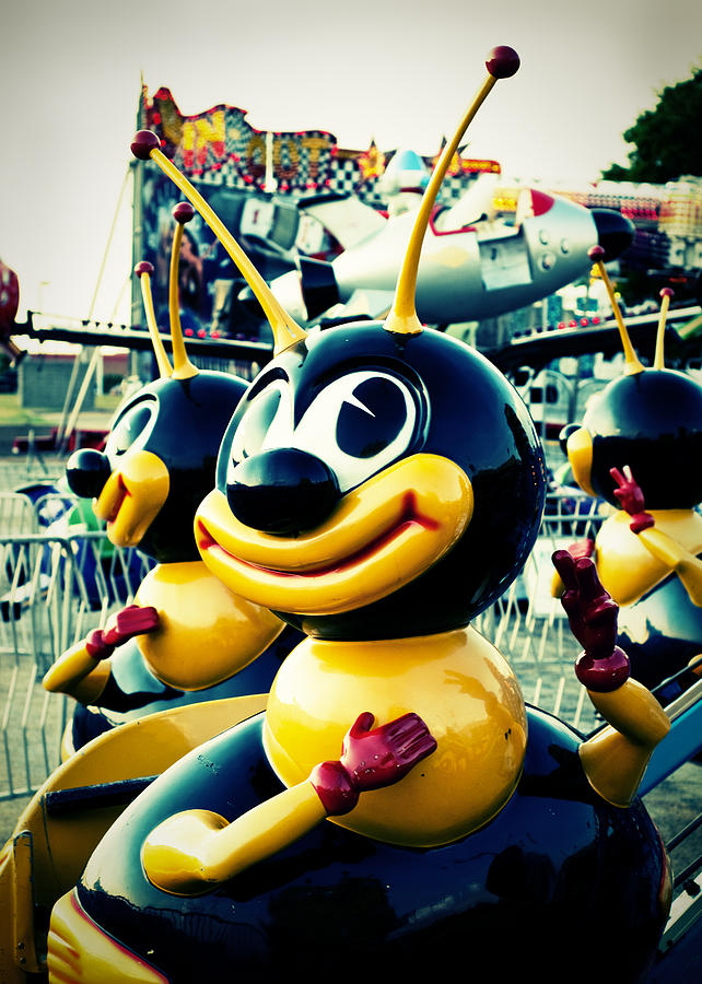 Amusement Park Photograph - Carnival Bee by Sonja Quintero