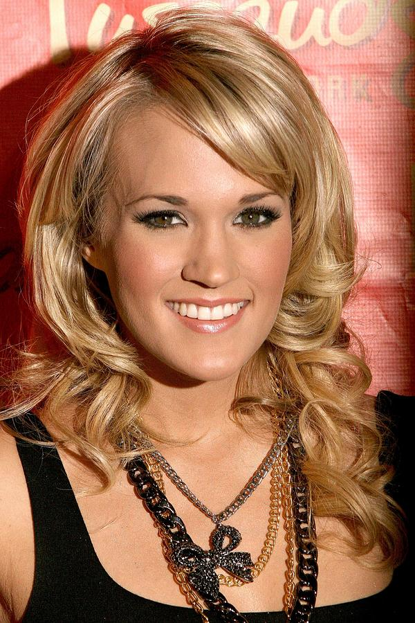 Carrie Underwood Wax Figure Unveiling Photograph - Carrie Underwood At In-store Appearance by Everett