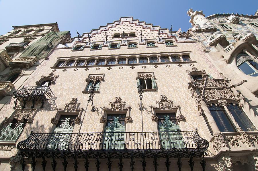 Amatller Photograph - Casa Amatller Building Barcelona by Matthias Hauser