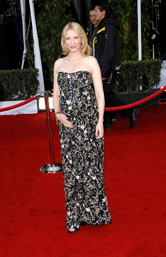 Awards Photograph - Cate Blanchett Wearing A Balenciaga by Everett