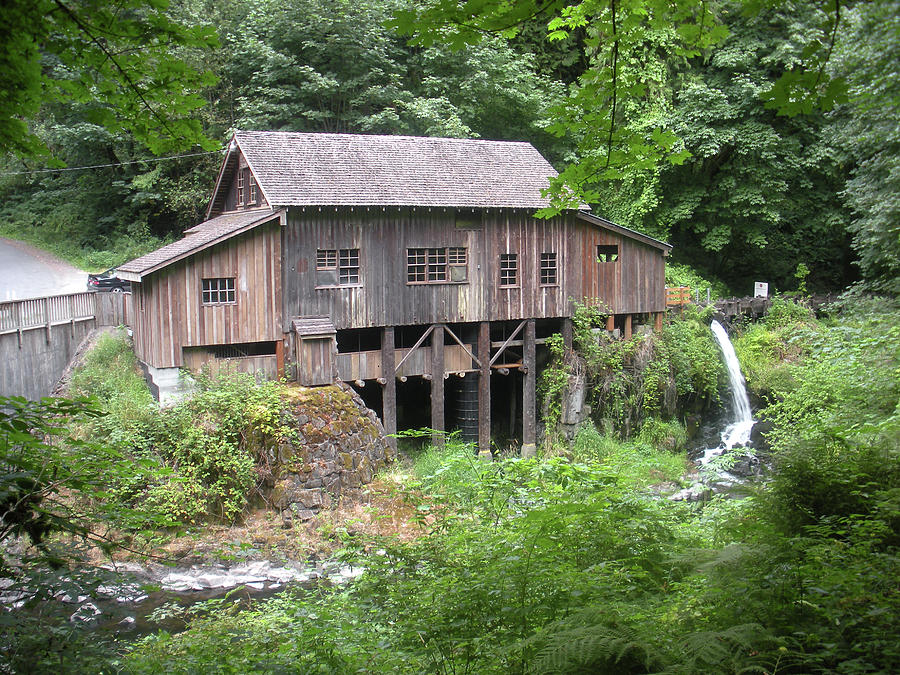 Cedar Creek Photograph - Cedar Creek Grist Mill by Fred Russell