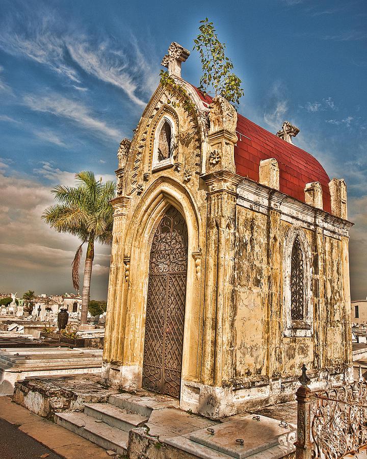 Cemetery Photograph - Cemeterio De Colon by Beverly Hanson