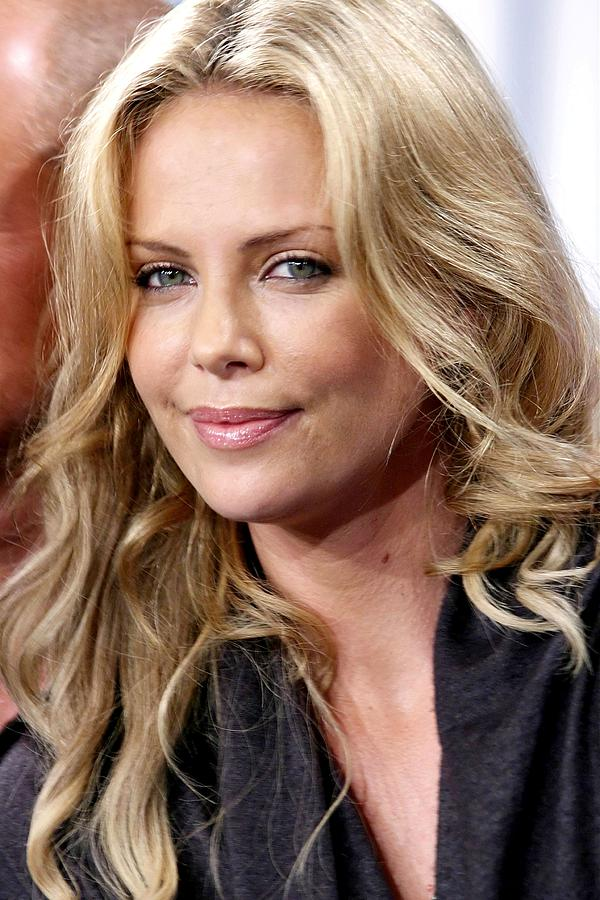 Red Carpet Photograph - Charlize Theron At The Press Conference by Everett