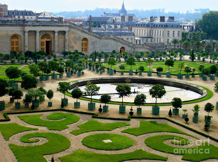 Chateau De Versailles Garden In France Photograph By