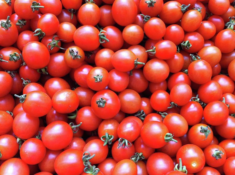 Horizontal Photograph - Cherry Tomatoes by Junku