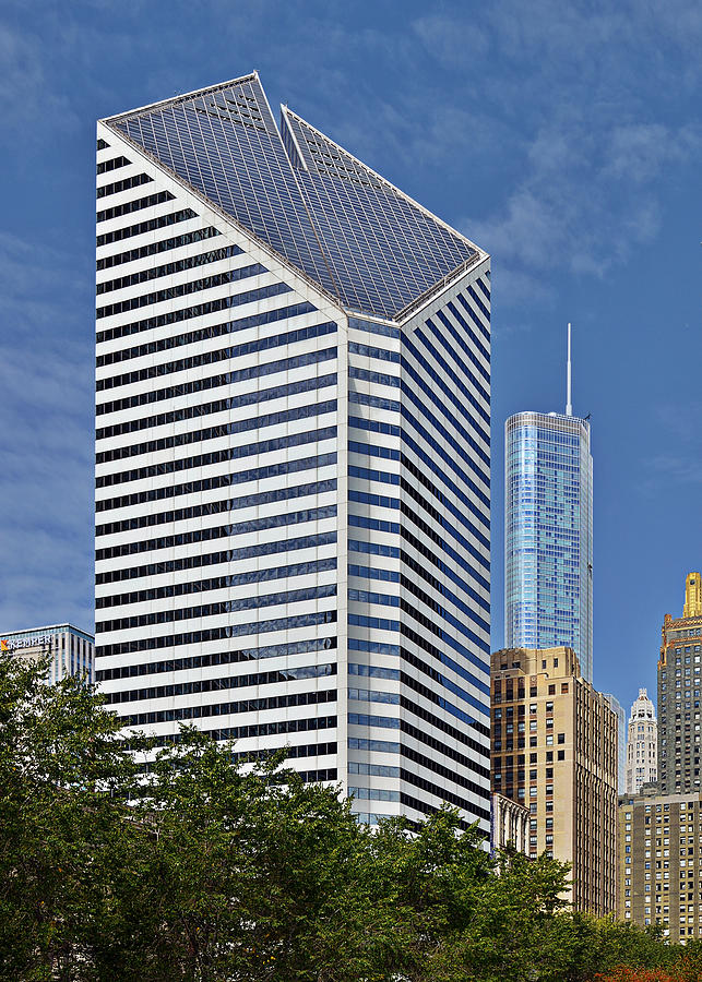 Smurfit Photograph - Chicago Crain Communications Building - Former Smurfit-stone by Christine Till
