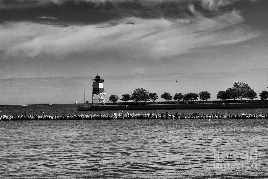 Chicago Photograph - Chicago Lighthouse by Leslie Leda
