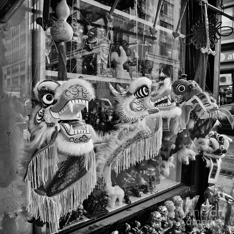 Chinatown Nyc Photograph - Chinatown Dragons Nyc by John Farnan