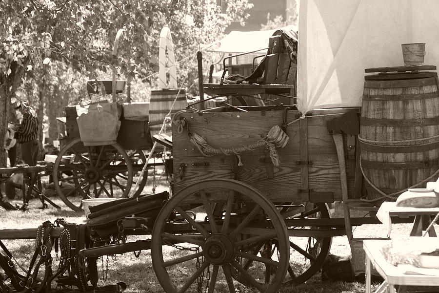 Chuckwagon Photograph - Chuckwagon by Toni Hopper