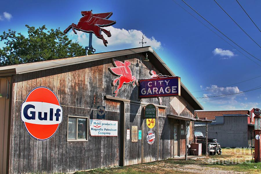Salado Photograph - City Garage by Joe Finney