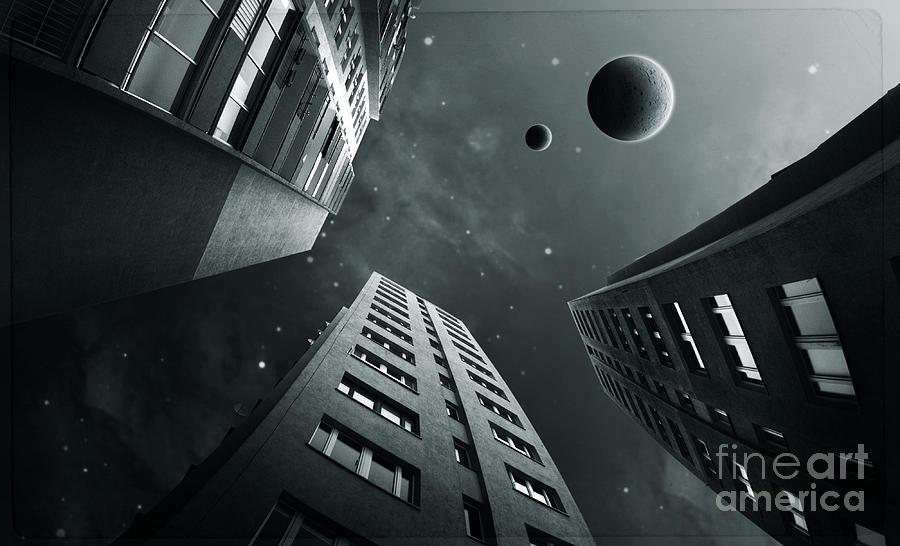 Surreal Digital Art - City3 by Simon Siwak