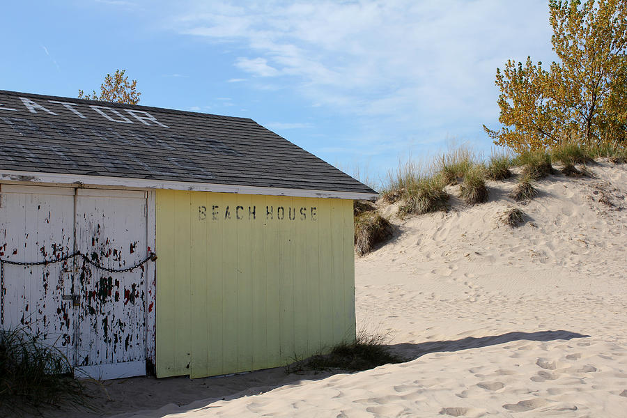 Beach Photograph - Closed For The Season by Sheryl Burns