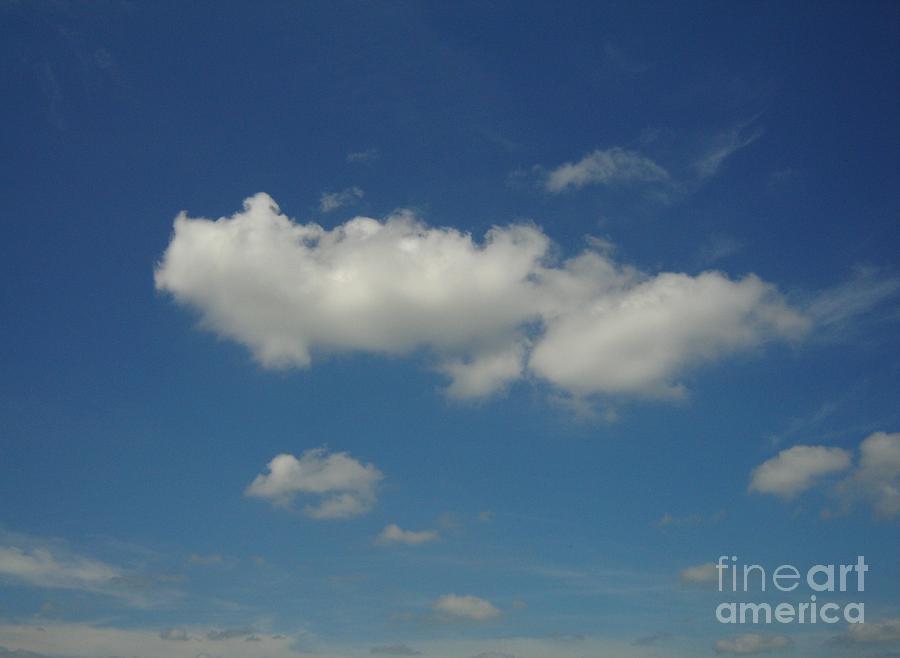 Clouds Digital Art - Cloud 004 by Lyle Bonn