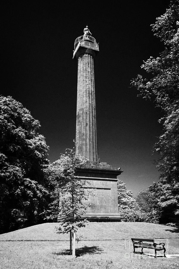 Northern Ireland Photograph - Cole Memorial Monument Enniskillen by Joe Fox