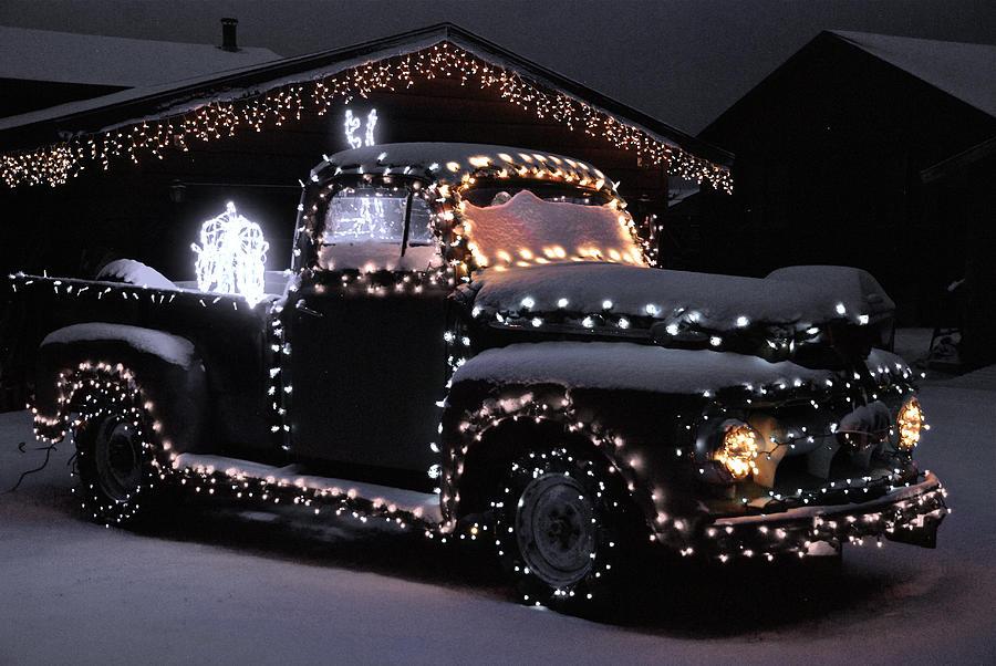 Colorado Photograph - Colorado Christmas Truck by Bob Berwyn