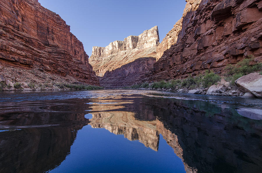 an introduction to the geography of the colorado river Geography lesson on stages and features of a river the lesson focuses on the route a river and the landforms it creates and moulds such as valleys, spurs, waterfalls, gorges, meanders, oxbow lakes, floodplains, levees and deltas.
