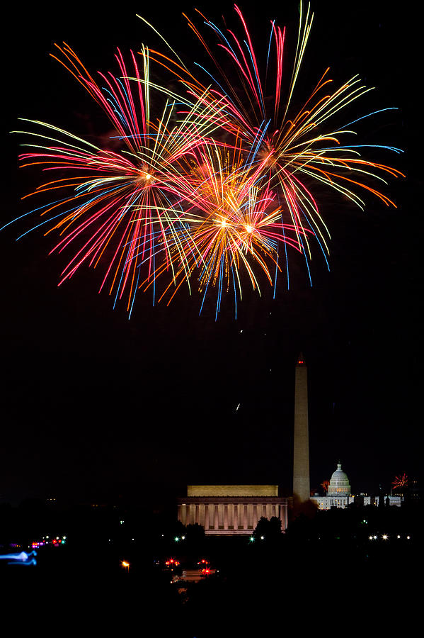 4th Of July Photograph - Colors In The Night by David Hahn