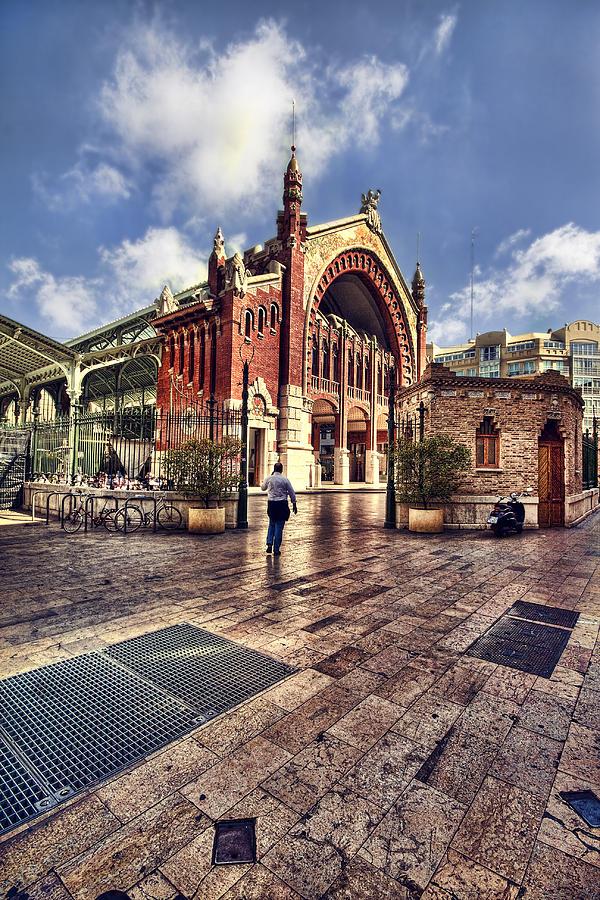 Architecture Photograph - Columbus Market by Gabriel Calahorra