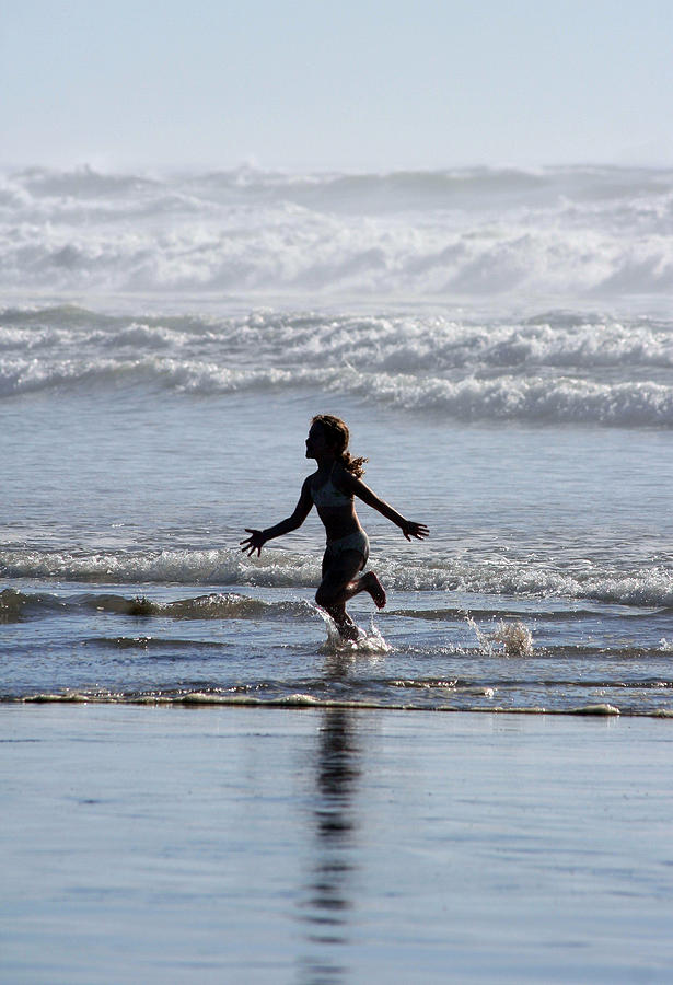 Beach Photograph - Come As A Child by Holly Ethan