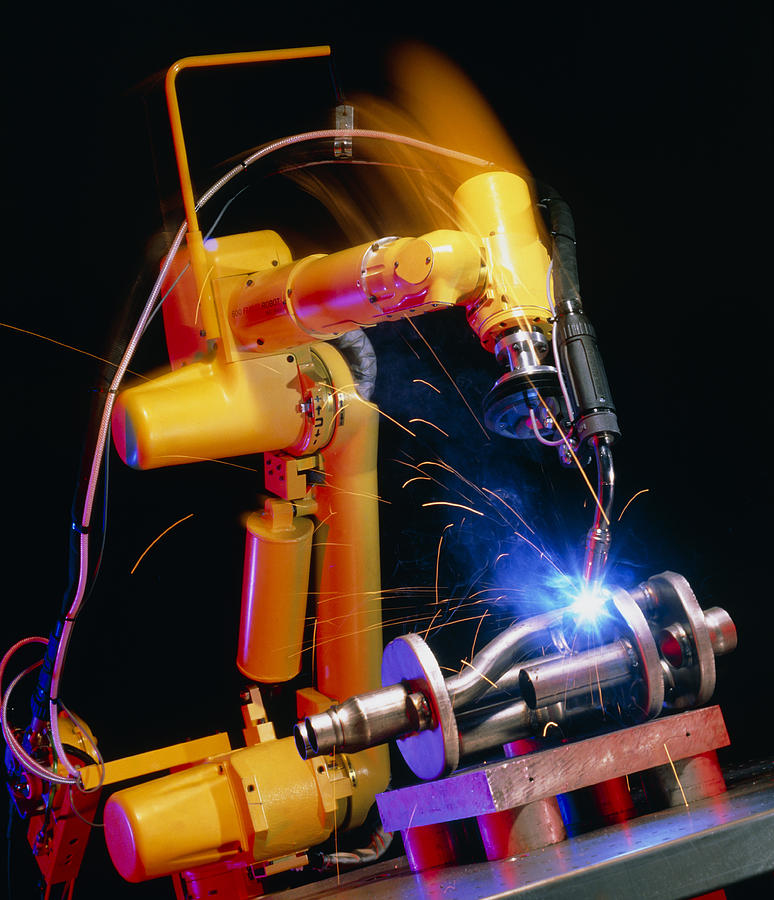 Computer Controlled Robot Photograph - Computer-controlled Arc-welding Robot by David Parker, 600 Group Fanuc