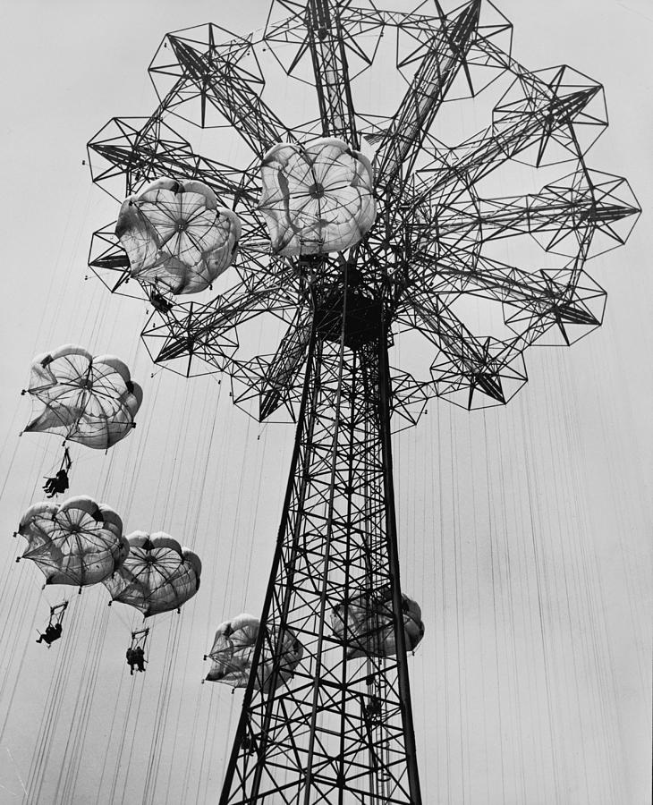Vertical Photograph - Coney Island Ride by Archive Photos