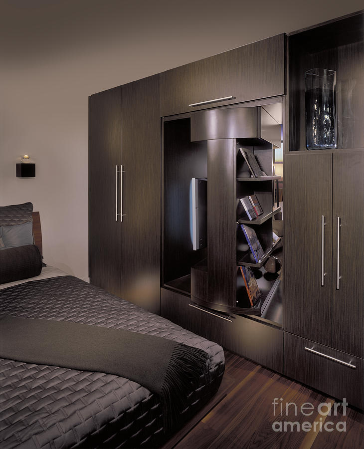 Architectural Design Photograph - Contemporary Bedroom by Robert Pisano