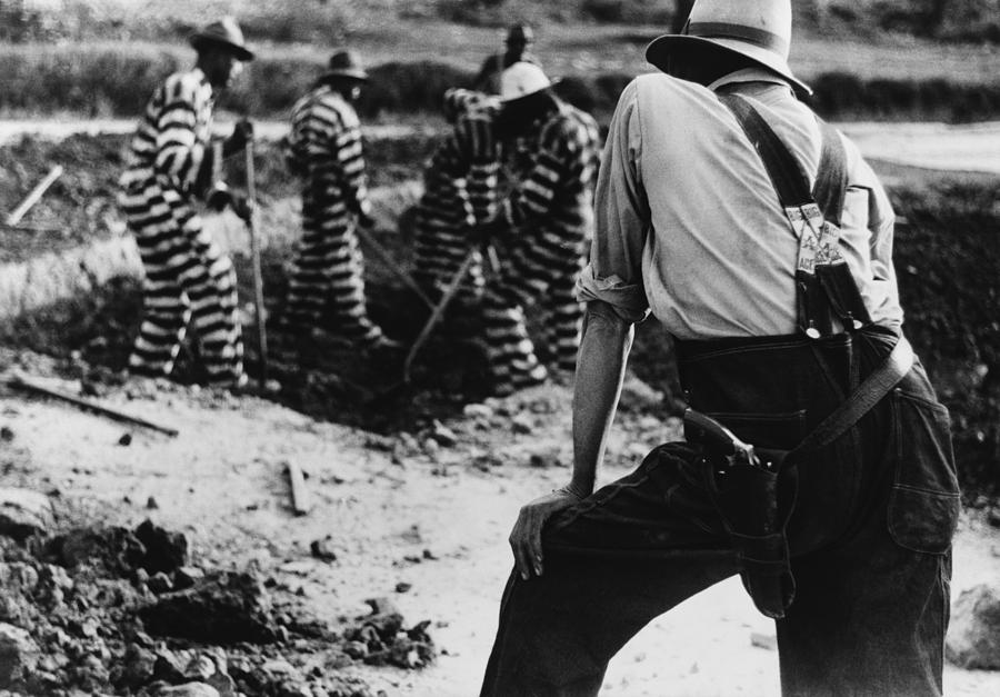 History Photograph - Convict Chain Gang And Prison Guard by Everett