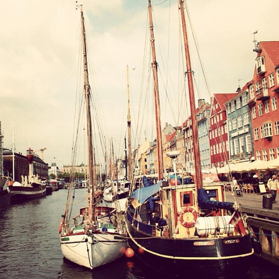 Copenhagen Photograph - Copenaghen - Nyhavn by Luisa Azzolini