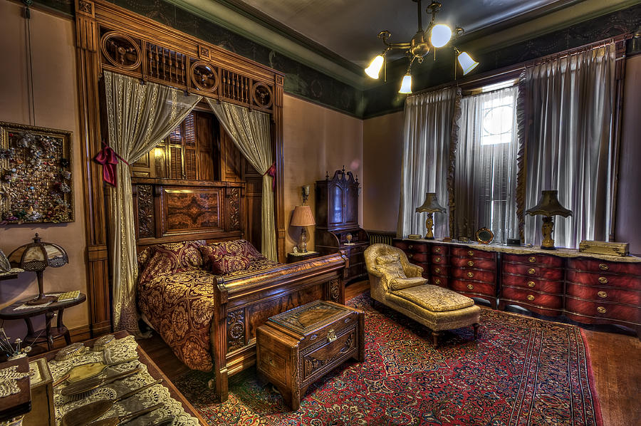 Copper King's Master Bedroom - Butte Montana Photograph by ...