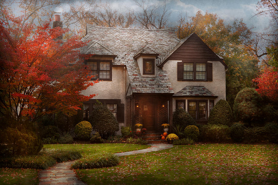 Cottage Photograph - Cottage - Westfield Nj - The Country Life by Mike Savad