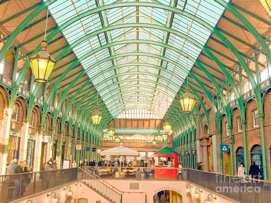 Covent Garden Photograph - Covent Garden by Damien Keating