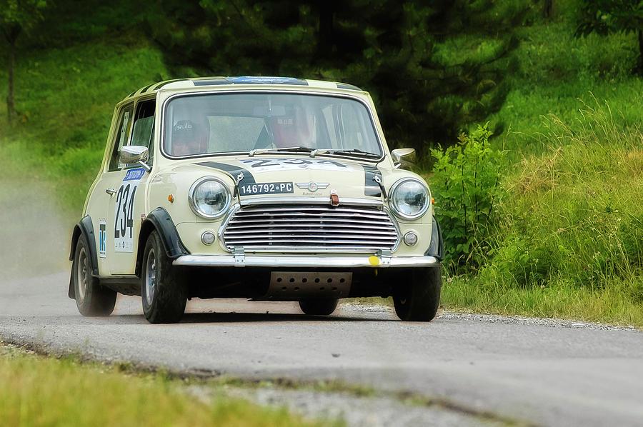 Car Photograph - Cream Mini Innocenti by Alain De Maximy
