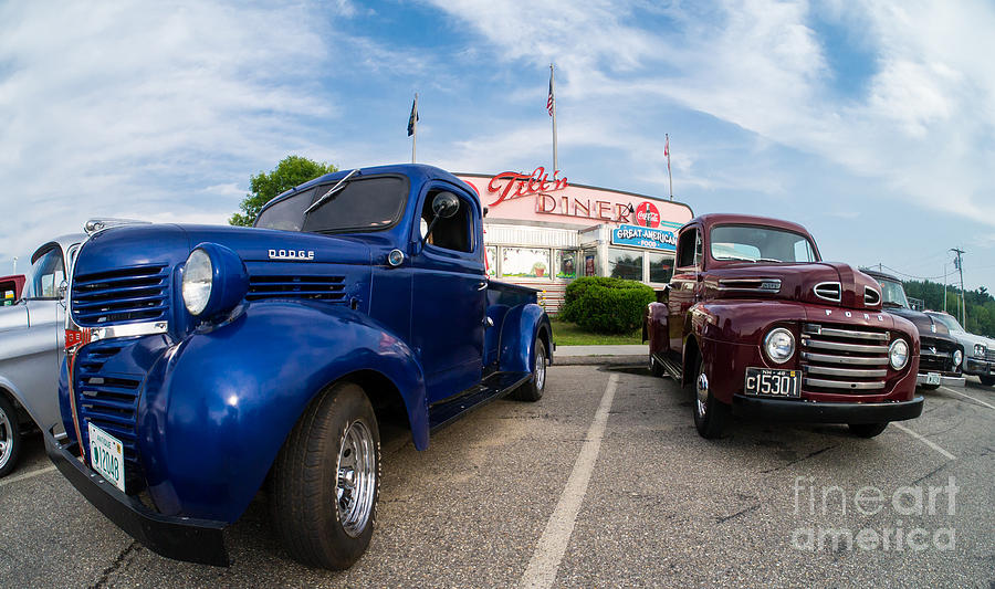 Car Photograph - Cruise Night At The Diner by Edward Fielding
