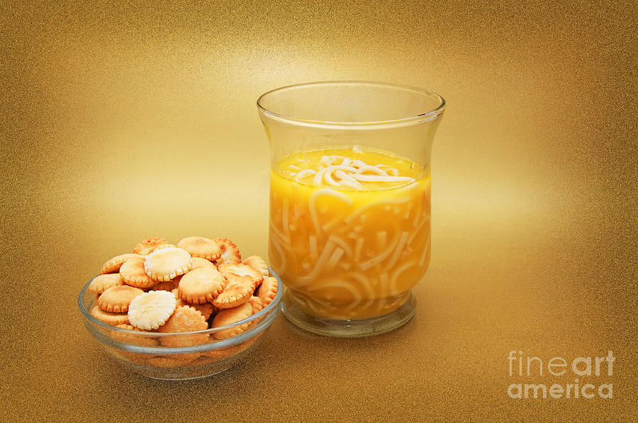 Food Photograph - Cup O Soup And Oyster Crackers by Andee Design