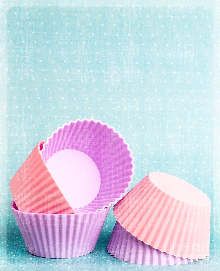 Cup Photograph - Cupcake by Edward Fielding