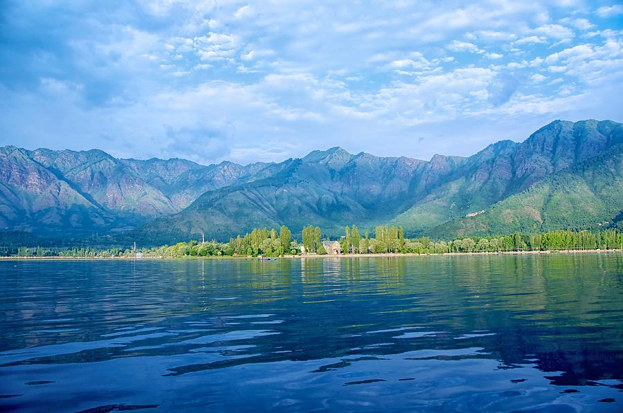 Horizontal Photograph - Dal Lake by Clicked By Aalok