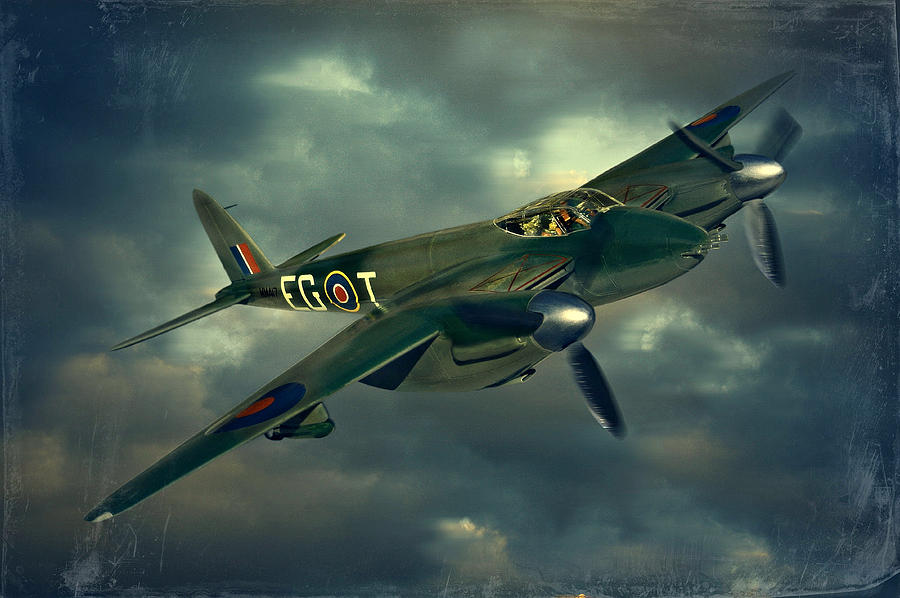 Plane Photograph - De Haviland Mosquito by Steven Agius