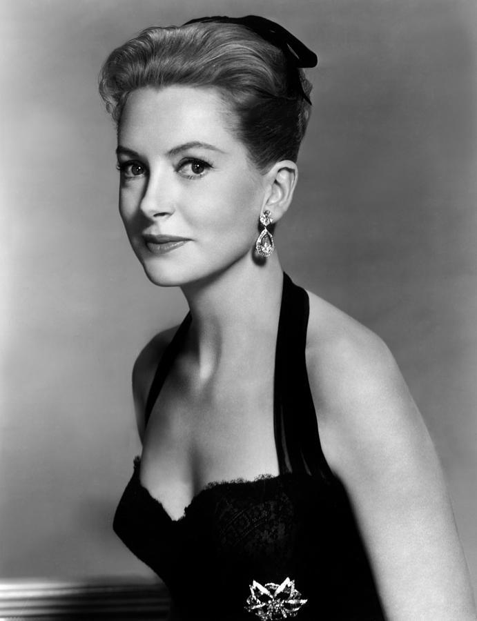 Earrings Photograph - Deborah Kerr, 1959 by Everett
