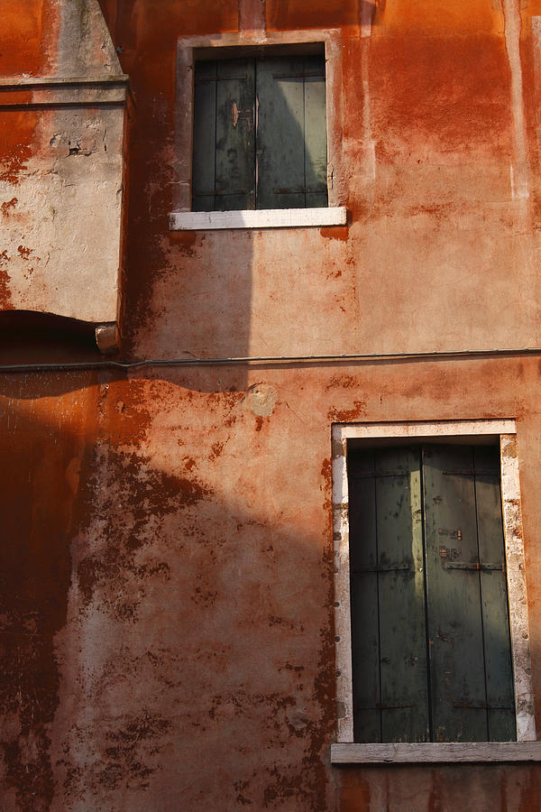 Building Photograph - Decayed Facade Of A Building Venice by Trish Punch
