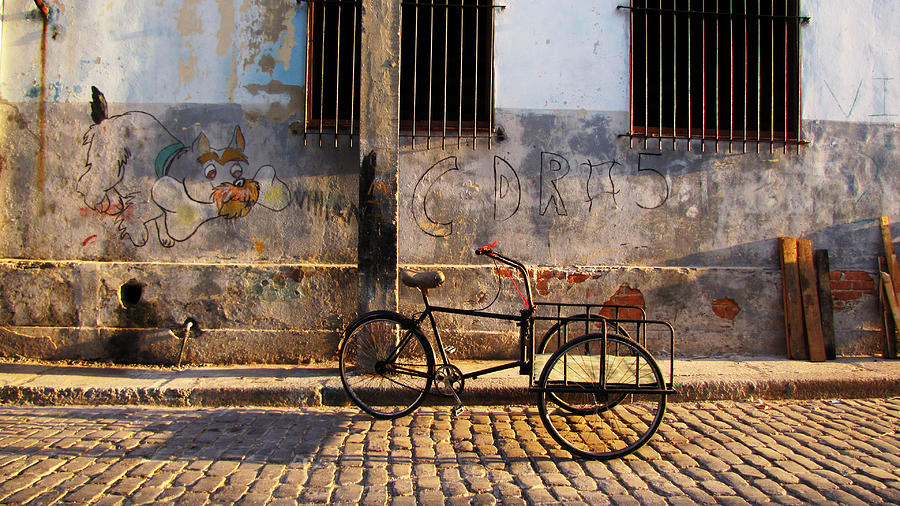 Havana Photograph - Delivery Bike by Kimberley Bennett