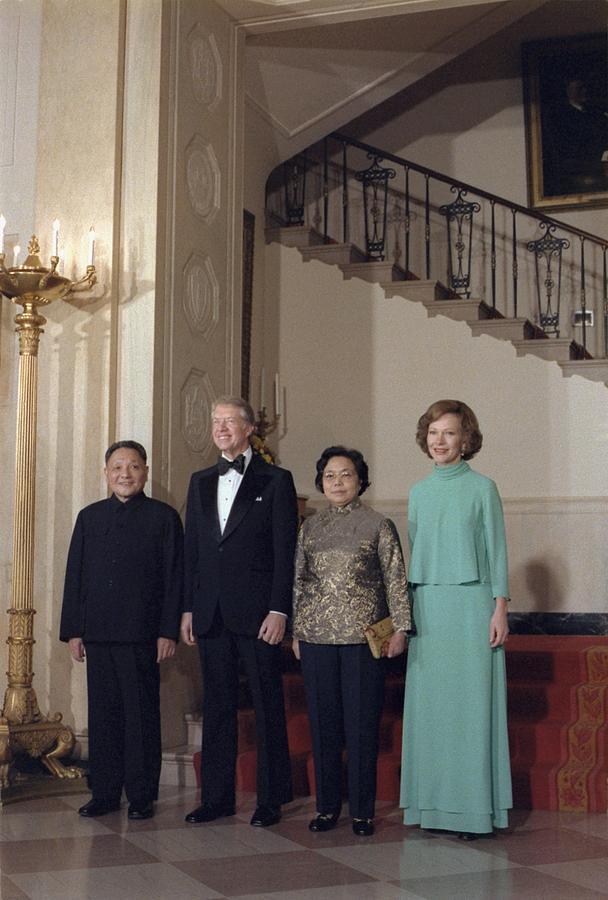 History Photograph - Deng Xiaoping Jimmy Carter Madame Zhuo by Everett