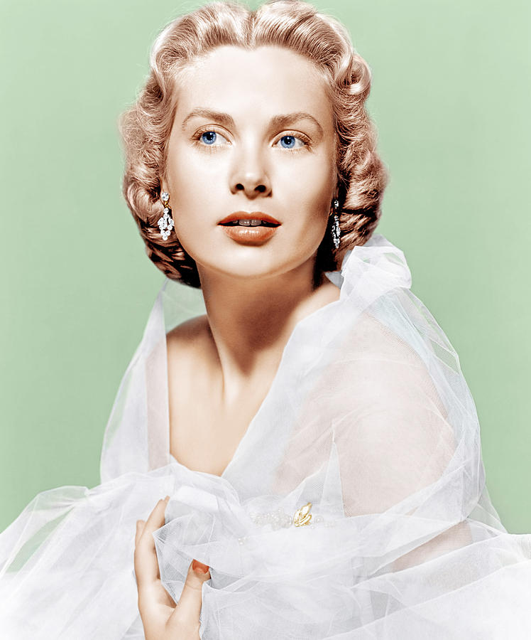 1950s Portraits Photograph - Dial M For Murder, Grace Kelly, 1954 by Everett