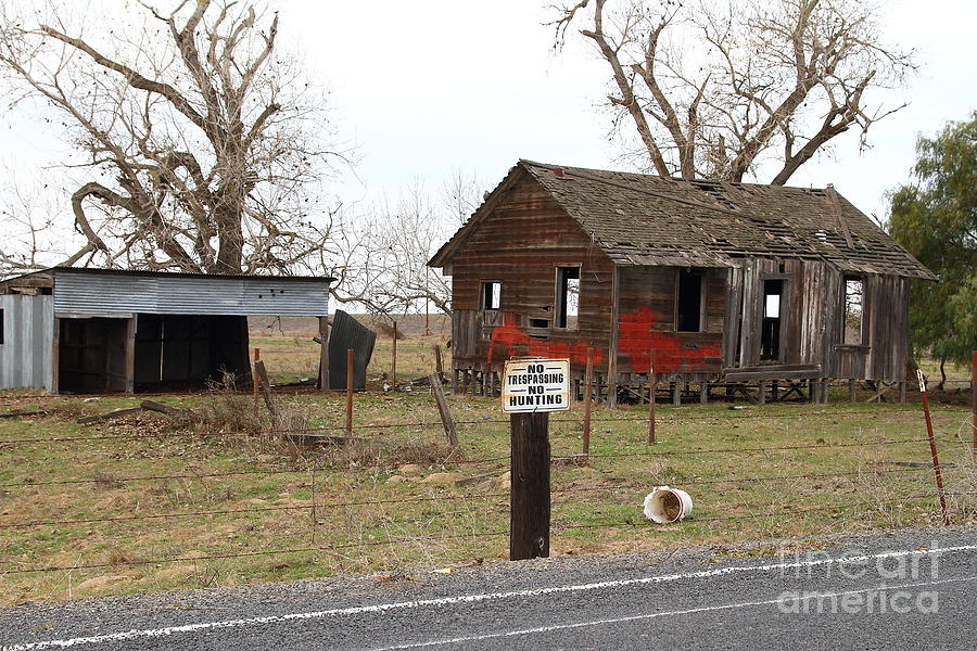 House Photograph - Dilapidated Old Farm House . No Trespassing . No Hunting . 7d10335 by Wingsdomain Art and Photography