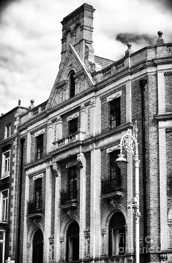 Building Photograph - Dolier Chambers by John Rizzuto