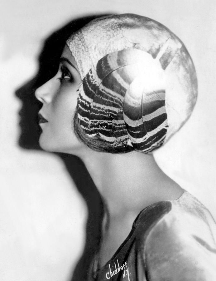 1920s Portraits Photograph - Dolores Del Rio, January 31, 1929 by Everett