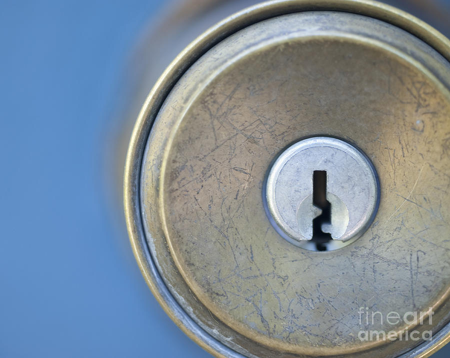 Blue Background Photograph - Door Knob And Keyhole by Thom Gourley/Flatbread Images LLC : keyhole door handles - pezcame.com