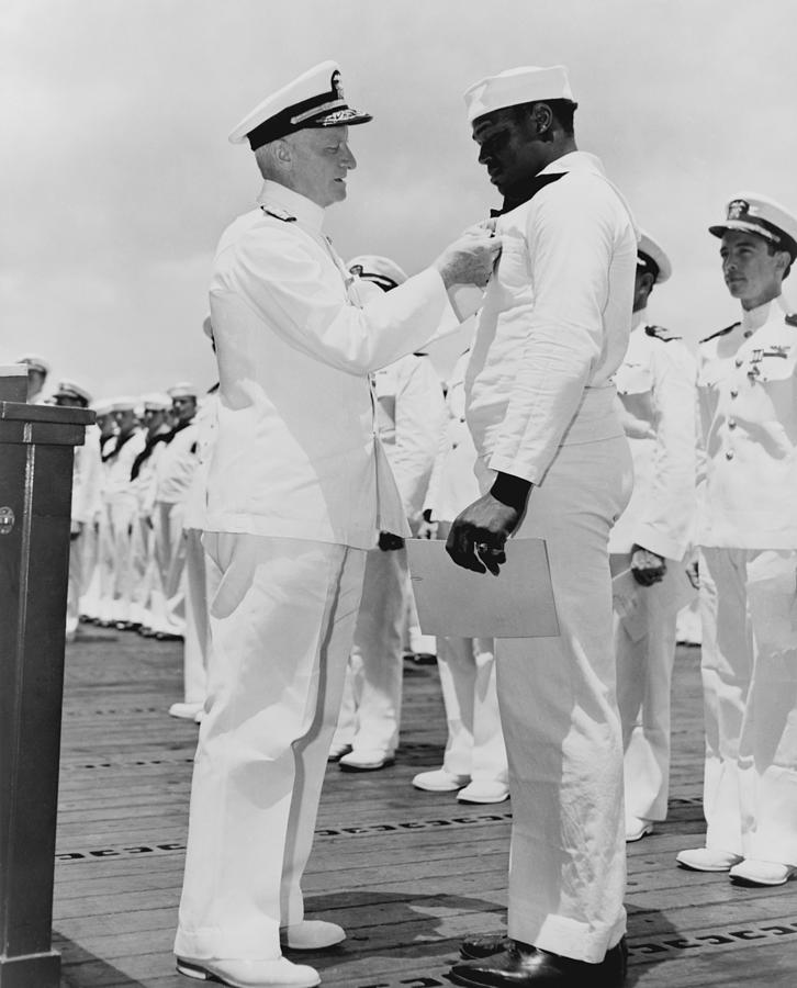 History Photograph - Doris Dorie Miller 1919-1943, Receives by Everett